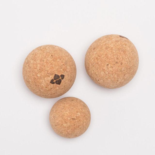 【ハーフムーン】ナチュラルコルクボール(3個セット)